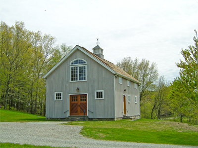 Custom Insulated Litchfield Queenpost Barn