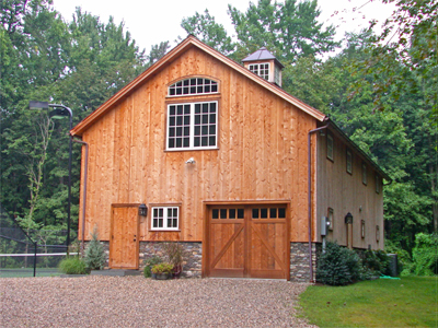 Customized Four Bay Insulated Ridgefield Queenpost Barn