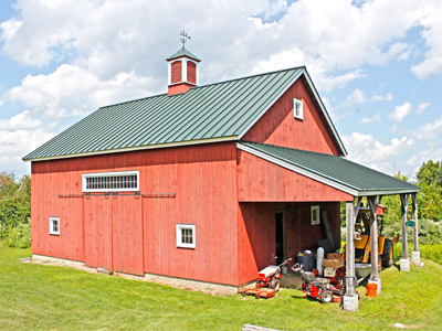Purlin Post Barn With Gable End Lean-to Shed