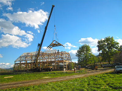 Raising A Custom 40ft X 84ft Horse Barn Frame