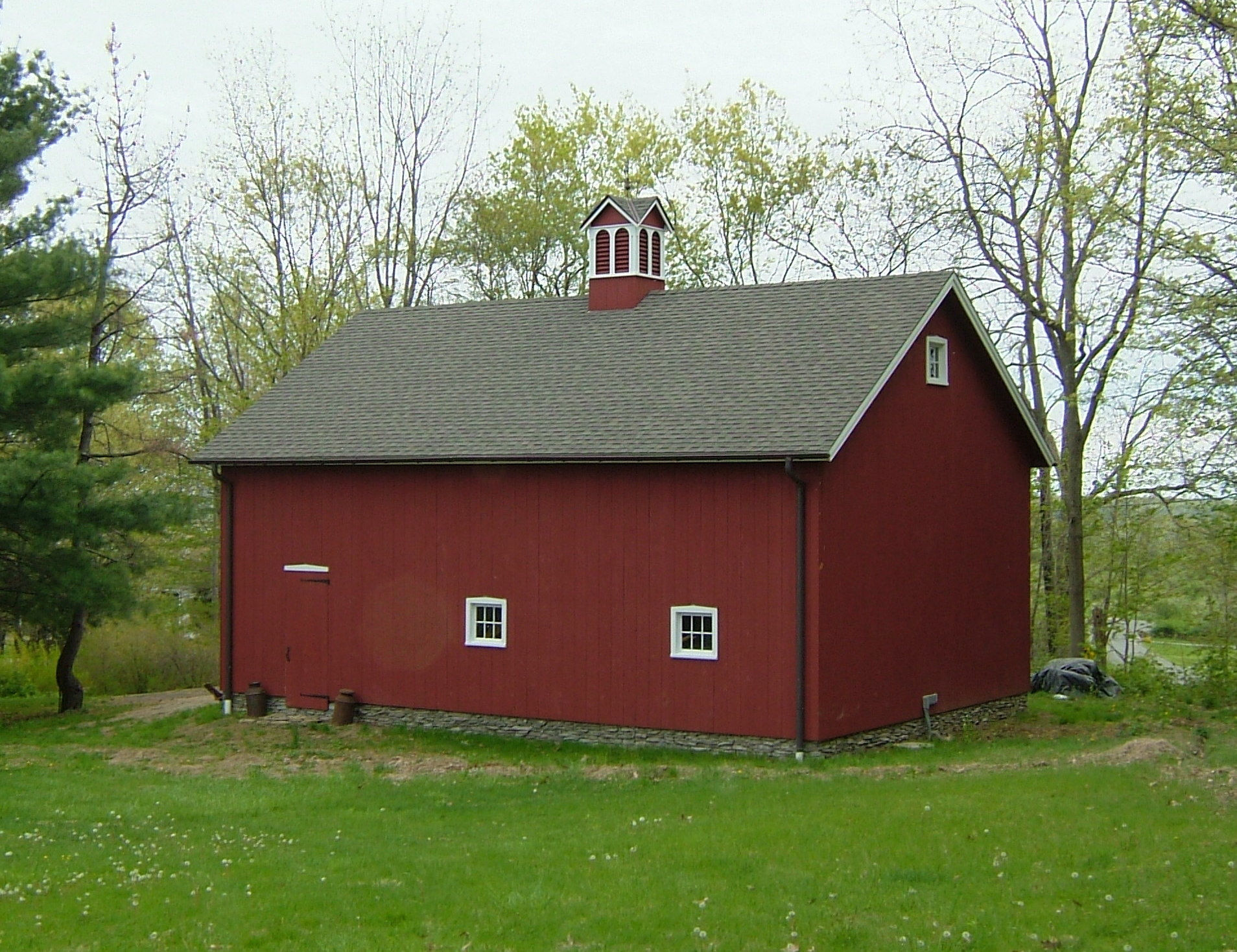 New England Barn - Ridgefield Queenpost Barn