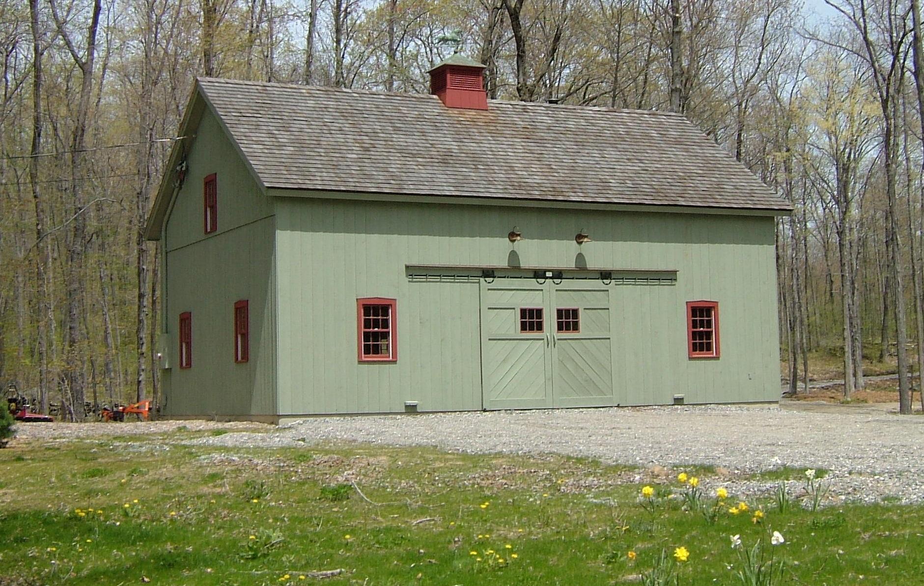 New England Barn Ridgefield Queenpost Barn